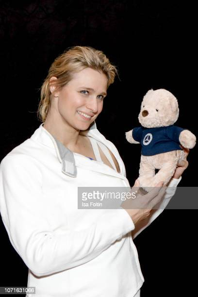 German fencing olympic gold medalist Britta Heidemann during the event 'FechtOlympiasiegerin fliegt mit Daimler Kunstflugass Revanche beim Club der...