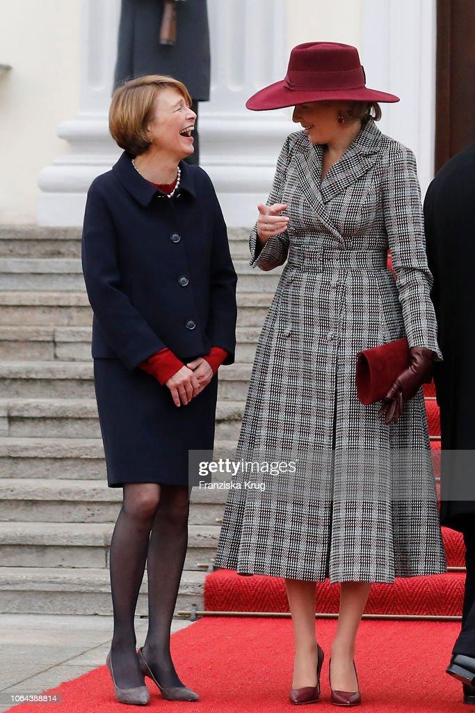 King Philip of Belgium and Queen Mathilde Visit Berlin : Nieuwsfoto's