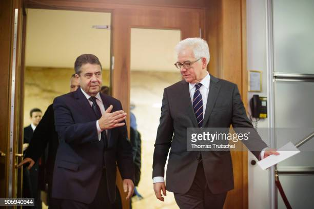 German Foreign Minister and Vice Chancellor Sigmar Gabriel and Polish Foreign Minister Jacek Czaputowicz arrives for a joint press conference after...