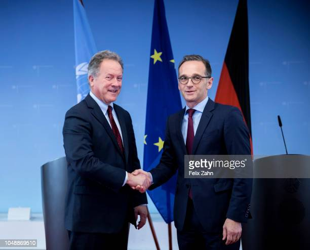 German Foreign Minister Heiko Maas and WFP Executive Director David Beasley shake hands prior to their meeting at Auswaertigem Amt on October 10 2018...