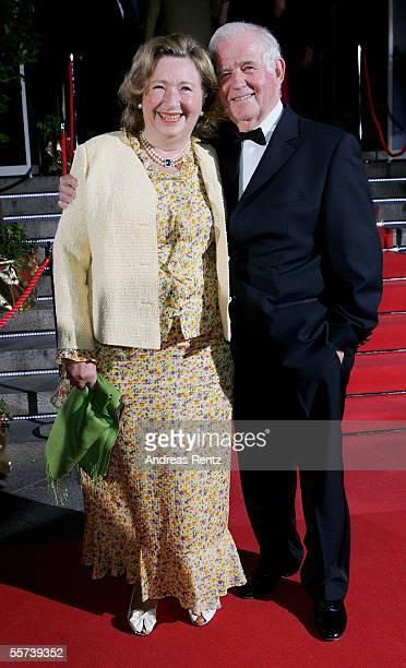 German former politican Kurt Biedenkopf and his wife Ingrid arrive at the Goldene Henne Awards 2005 at Friedrichstadtpalast September 21 2005 in...
