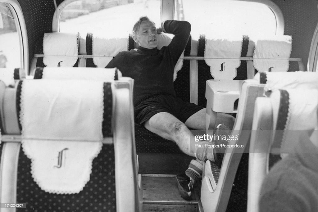 Trautmann Rests Neck : News Photo