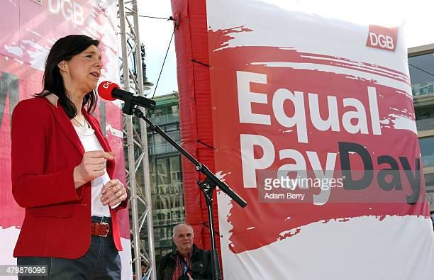 German Greens Party cofaction leader Katrin GoeringEckardt speaks during the 'Equal Pay Day' demonstration on March 21 2014 in Berlin Germany The...
