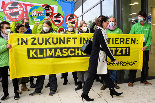 DEU: SPD, Greens And FDP To Conclude Exploratory Talks, Possibly Announce Coalition Intent