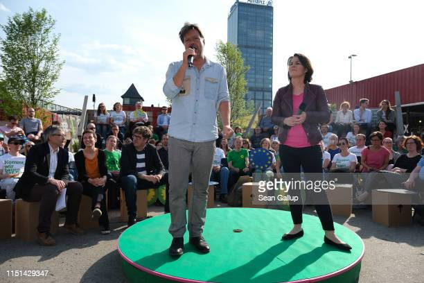 German Greens Party leaders Robert Habeck and Annalena Baerbock speak to supporters at an event to mark the final phase of the party's campaigning on...
