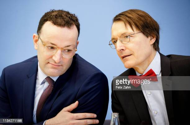 German Health Minister Jens Spahn and Karl Lauterbach, MdB SPD pictured during a press conference to present a Presentation of the bill Organ...