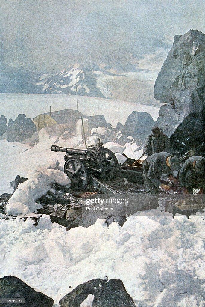 German high mountain battalion, Elbrus, Caucasus, south-east Russia, 1943. : News Photo