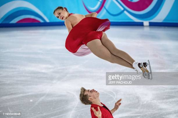 German ice skaters Letizia Roscher and Luis Schuster compete during the Pair Skating of the Lausanne 2020 Winter Youth Olympic Games in Lausanne,...