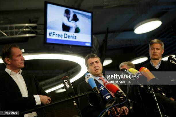 German Interim Foreign Minister Sigmar Gabriel Axel Springer Verlag Chairman Matthias Doepfner and Die Welt EditorInChief Ulf Poschardt speak to the...
