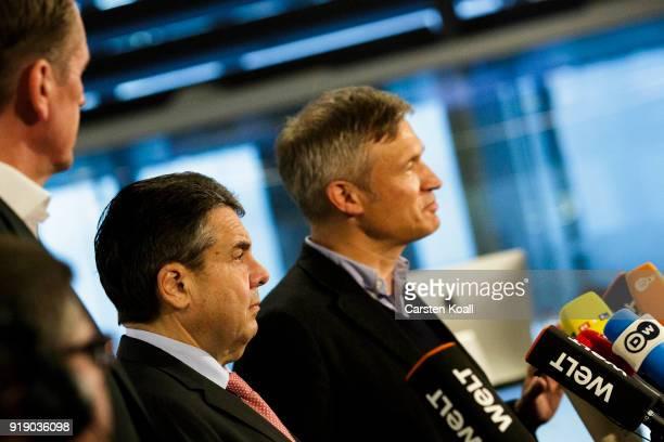 German Interim Foreign Minister Sigmar Gabriel Axel Springer Verlag Chairman Matthias Doepfner and Die Welt EditorInChief Ulf Poschardt speak to the...