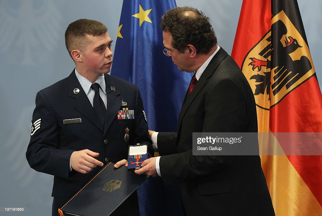 U.S. Soldiers Awarded For Bravery In Frankfurt Attack