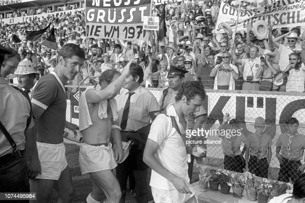 German international player Uwe Seeler is waving after beating Peru 3:1. Team coach Helmut Schoen's team was successful during the 1970 FIFA World...