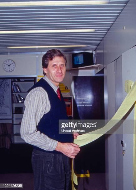 German journalist Ulrich Wickert as editor in chief of WDR Paris studio France 1991