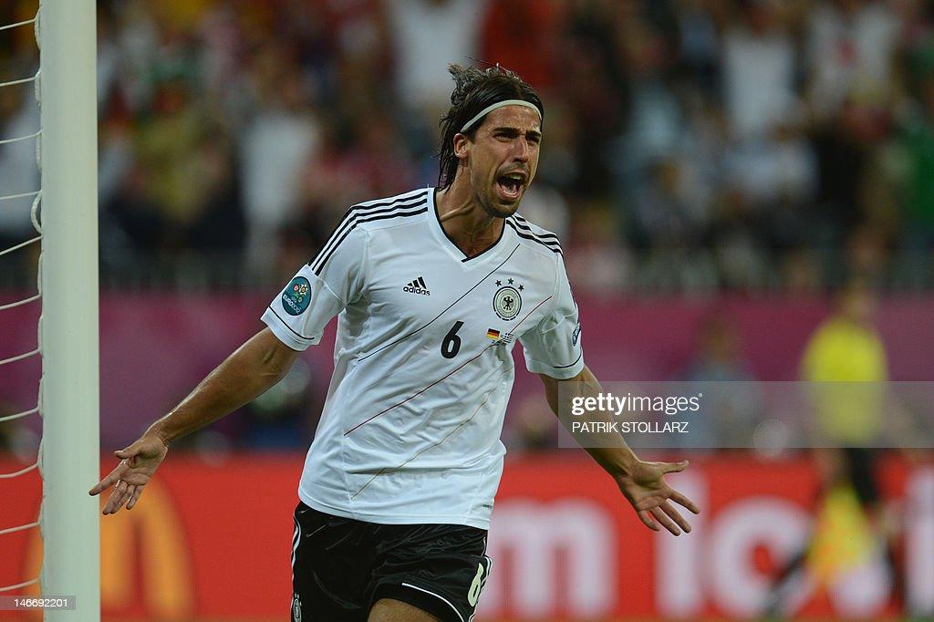 German midfielder Sami Khedira celebrate : News Photo