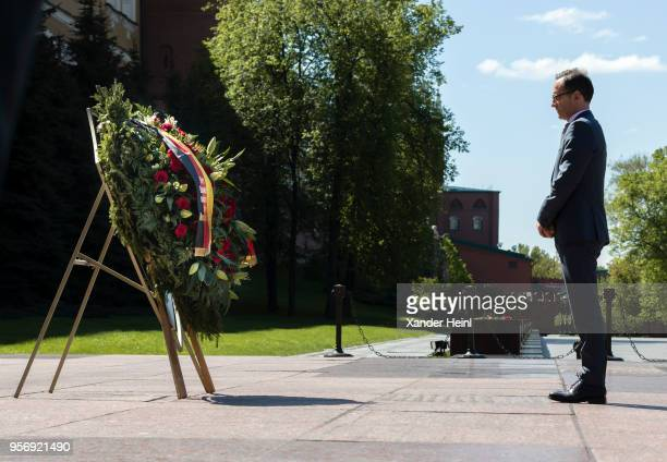 German Minister of Foreign Affairs Heiko Maas visits the Tomb of the Unknown Soldier in Moscow on May 10, 2018. Maas will discuss the situation in...