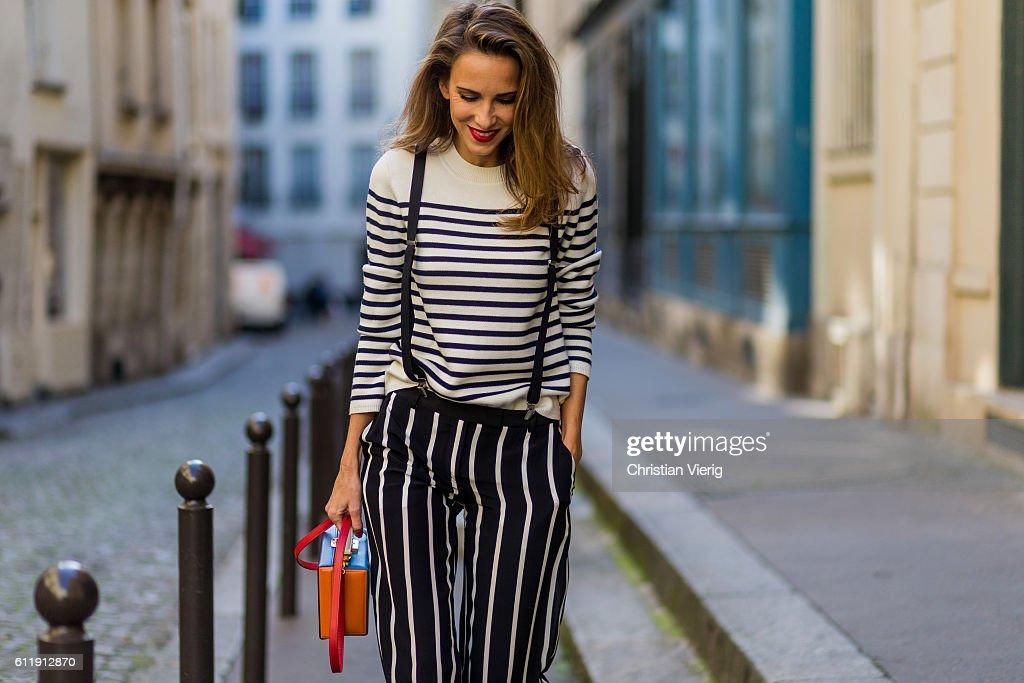 Street Style : Day Five - Paris Fashion Week Spring/Summer 2017 : News Photo