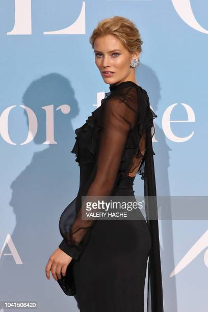 German model Charlott Cordes poses upon her arrival at the 2nd MonteCarlo Gala for the Global Ocean 2018 held in Monaco on September 26 2018 On...