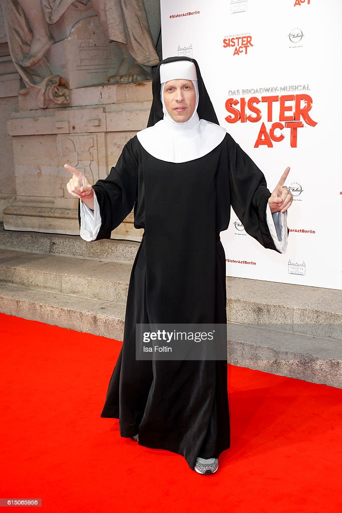 German moderator Oliver Pocher disguised as nun attends the 'Sister Act: The Musical' premiere at Stage Theater on October 16, 2016 in Berlin, Germany.