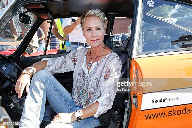 German moderator Sonja Zietlow attends the first day of the HamburgBerlin Klassik Rallye on August 25 2016 in Hamburg Germany