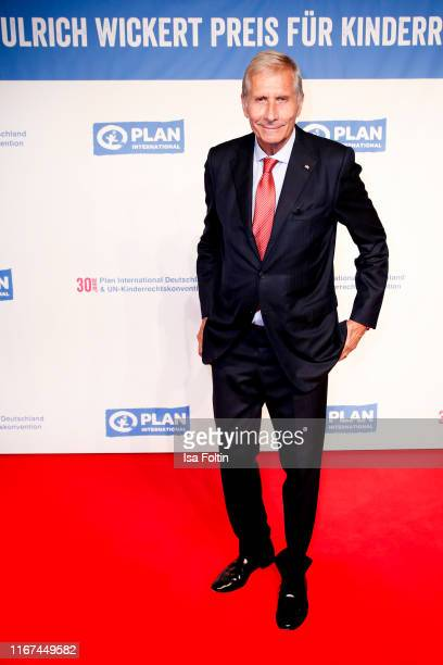 German news anchor Ulrich Wickert attends the Ulrich Wickert Award for Childen's Rights at Tipi am Kanzleramt on September 11 2019 in Berlin Germany