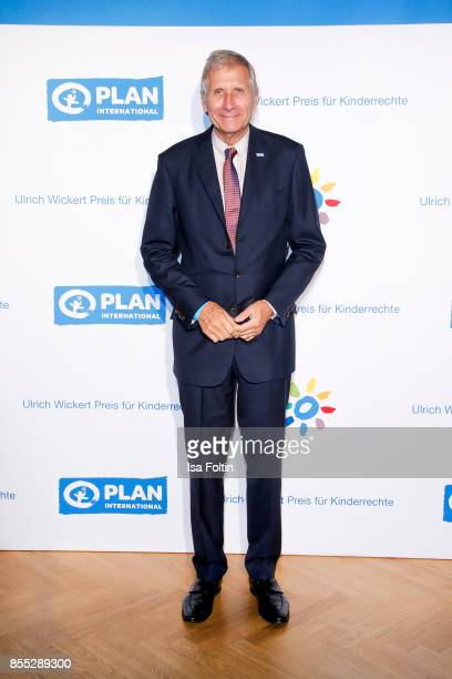 German news anchor Ulrich Wickert attends the Ulrich Wickert Award For Children's Rights at Stadtbad Oderberger on September 28 2017 in Berlin Germany