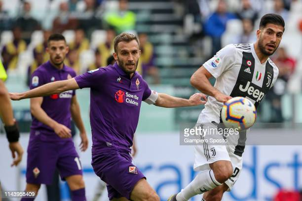 German Pezzella of ACF Fiorentina and Emre Can of Juventus watch the ball during the Serie A match between Juventus and ACF Fiorentina on April 20...