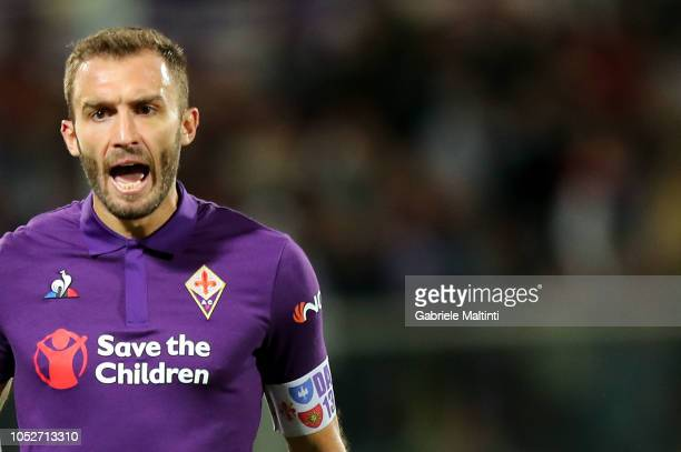 German Pezzella of ACF Fiorentina in action during the Serie A match between ACF Fiorentina and Cagliari at Stadio Artemio Franchi on October 21 2018...