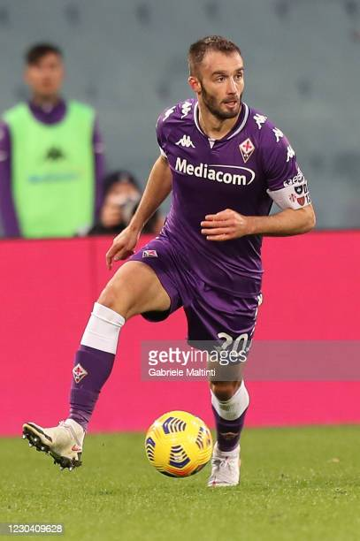 German Pezzella of ACF Fiorentina in action during the Serie A match between ACF Fiorentina and Bologna FC at Stadio Artemio Franchi on January 3,...