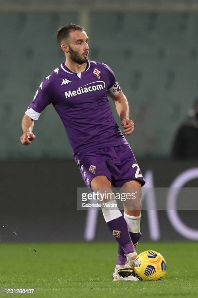 German Pezzella of ACF Fiorentina in action during the Serie A match between ACF Fiorentina and Spezia Calcio at Stadio Artemio Franchi on February...