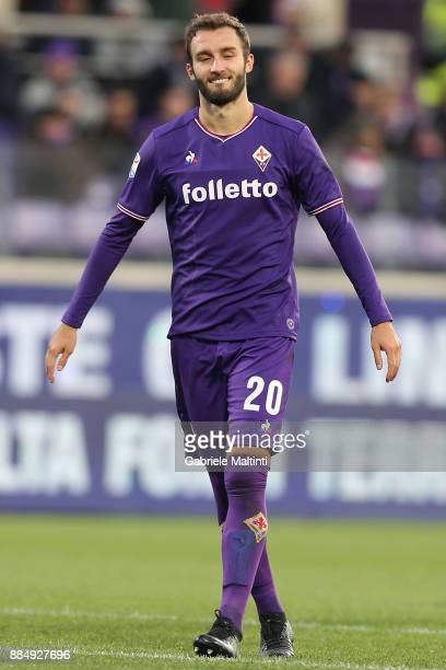 German Pezzella of ACF Fiorentina in action during the Serie A match between ACF Fiorentina and US Sassuolo at Stadio Artemio Franchi on December 3...