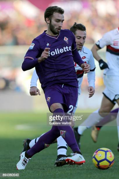 German Pezzella of ACF Fiorentina in action during the Serie A match betweenACF Fiorentina and Genoa CFC at Stadio Artemio Franchi on December 17...