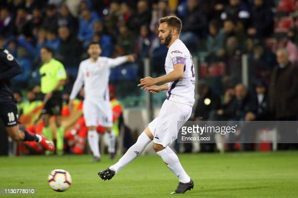 German Pezzella of Fiorentina in action during the Serie A match between Cagliari and ACF Fiorentina at Sardegna Arena on March 15 2019 in Cagliari...