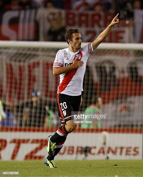 German Pezzella of River Plate celebrates after scoring the second goal of his team during a second leg final match between River Plate and Atletico...