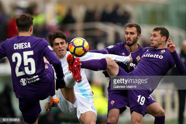 German Pezzella Sebastian Cristoforo and Federico Chiesa of ACF Fiorentina in action aginst Roberto Inglese of AC Chievo Verona during the serie A...