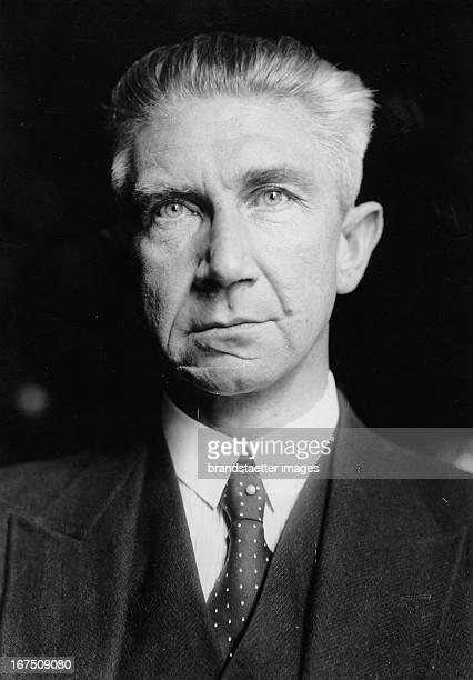 German politician and prussion minister of finance Hermann Höpker-Aschoff. 1930. Photograph. Der deutsche Politiker und preussische Finanzminister...