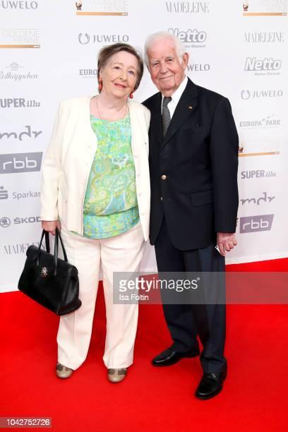 German politician Kurt Biedenkopf and his wife Ingrid Biedenkopf during the Goldene Henne on September 28, 2018 in Leipzig, Germany.