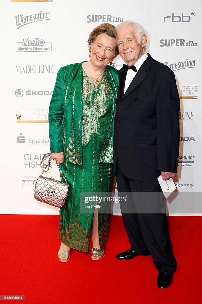 Madeleine At Goldene Henne 2016 In Leipzig : News Photo