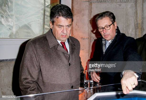 German politician Sigmar Gabriel and Wilfried Uhr during a press conference to the opening of the art event 'Halt in Berlin Schinkelplatz 3' by HA...