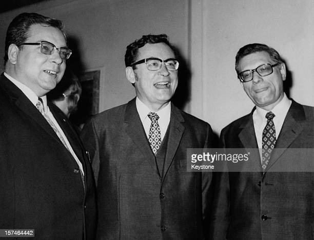 German politicians Hermann Oxford of the Free Democratic Party Mayor of West Berlin Klaus Schutz of the Social Democratic Party and Peter Lorenz of...