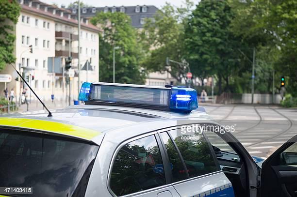 Deutsche police Polizei Auto Lichter blinken mit Sirene