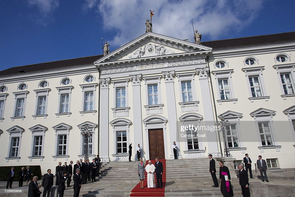 Pope Benedict XVI Visits Berlin : Fotografía de noticias