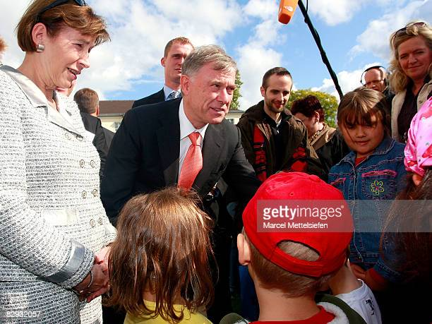 German president Horst Koehler and wife Eva Louisa attend the world children's day at Schloss Bellevue Palace on September 21 2008 in Berlin Germany...