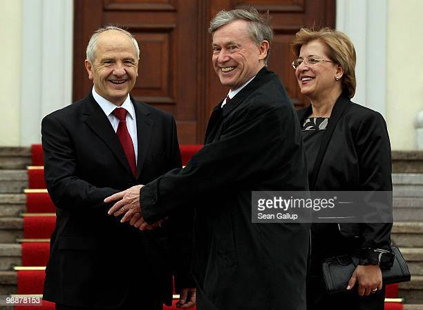 German President Horst Koehler welcomes Kosovo President Fatmir Sejdiu and First Lady Nezafete Sejdiu at Bellevue Palace on May 6 2010 in Berlin...
