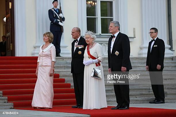 German President Joachim Gauck and Daniela Schadt invites the Queen Elizabeth II and Prince Philip to the State banquet in Schloss Bellevue in Berlin