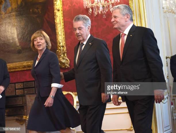 German President Joachim Gauck and Daniela Schadt life partner of the German president are welcomed by Austrian President Heinz Fischer in Hofburg...