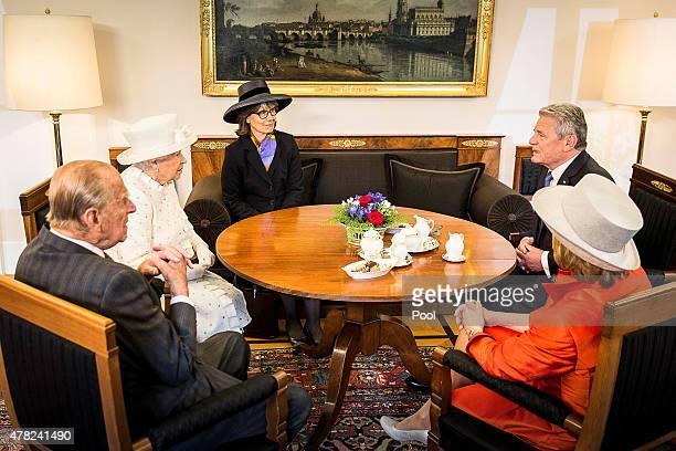 German President Joachim Gauck and his partner Daniela Schadt welcome Queen Elizabeth II and Prince Philip, Duke of Edinburgh at Schloss Bellevue...