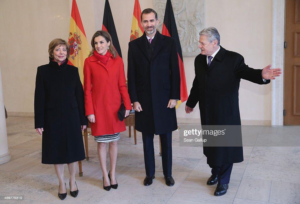 King Felipe VI Of Spain and Queen Letizia Of Spain Visit Germany : News Photo