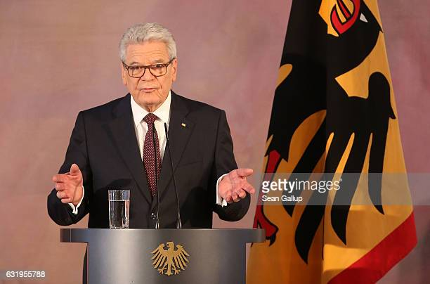 German President Joachim Gauck gives a speech to mark the end of his term as president at Schloss Bellevue palace on January 18 2017 in Berlin...