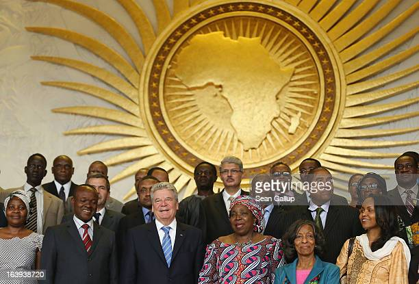 German President Joachim Gauck poses for a group photo with delegates of the African Union including Chairwoman Nkosazana DlaminiZuma after he spoke...