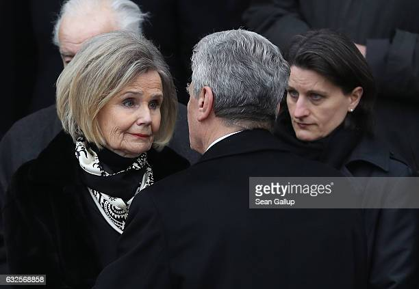 German President Joachim Gauck speaks with Baroness Alexandra von Berlichingen widow of former German President Roman Herzog at the conclusion of a...